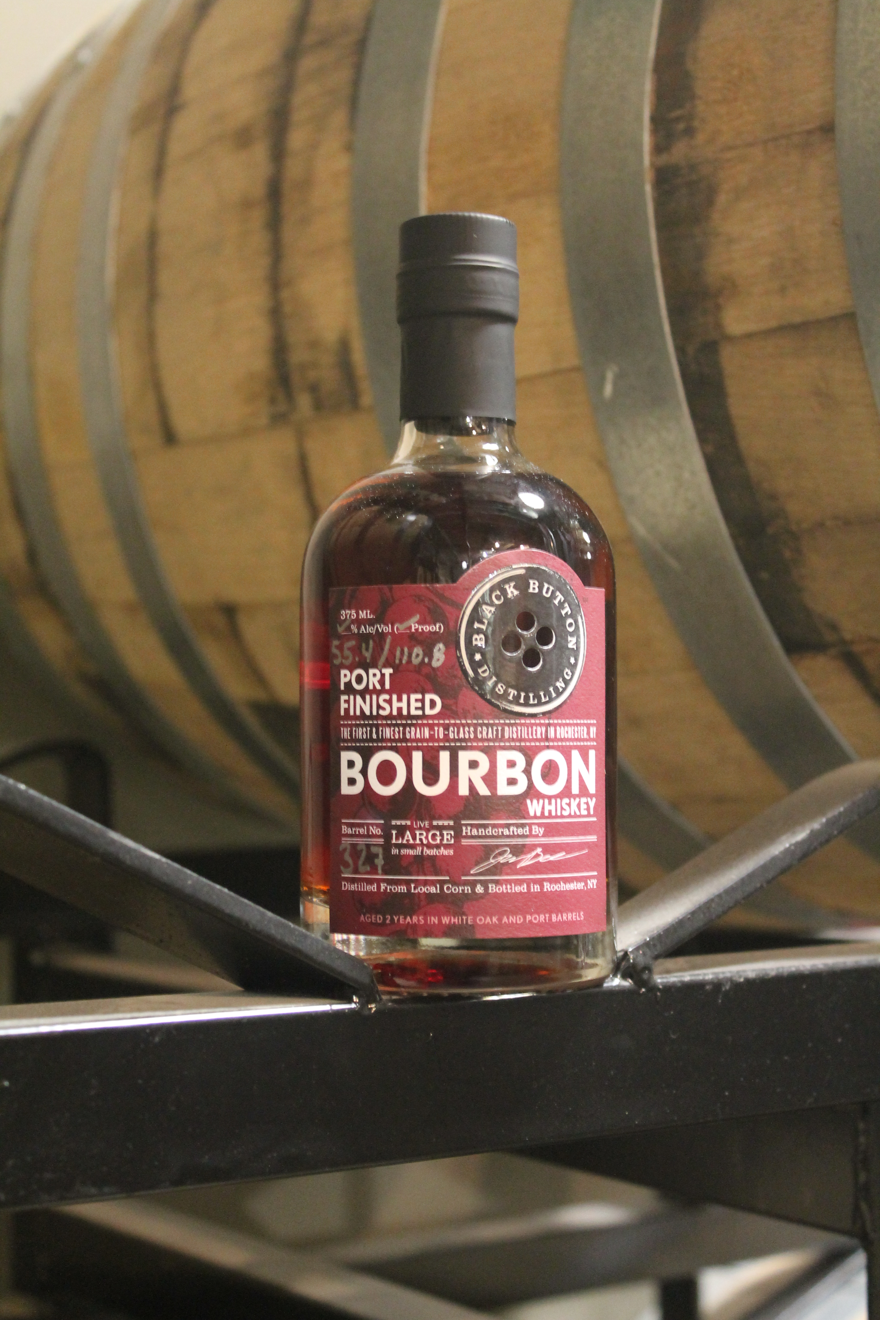 bourbon black singles Discover the secret behind the world's no 1 kentucky bourbon at jim beam you'll come as a friend and leave as family jim beam® black jim beam® single.